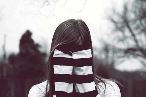 Esconder
